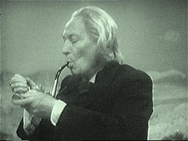 Doctor_smoking_
