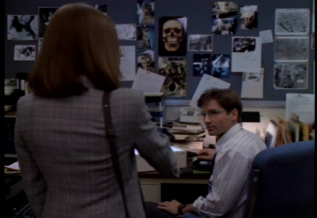 Mulder and Scully meet for the first time