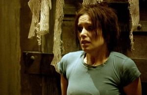 Saw-II-shawnee-smith-15116028-2560-1667