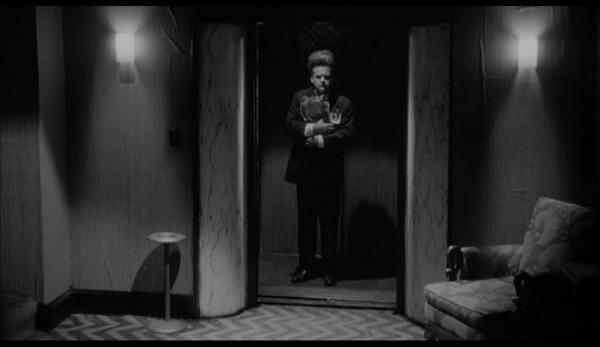 Eraserhead (1977).avi_snapshot_00.09.22_[2013.12.01_19.43.16]