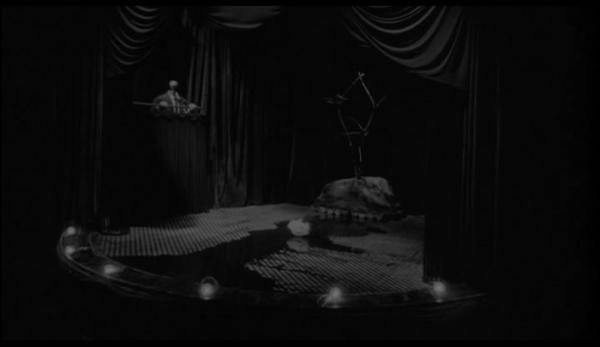 Eraserhead (1977).avi_snapshot_01.07.44_[2013.12.01_19.46.16]