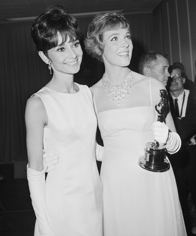 Audrey Hepburn and Julie Andrews with Oscar