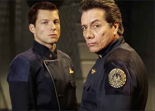 Commander-and-Captain-Adama-captain-lee-apollo-abama-1498447-534-384