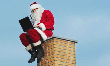 santa-chimney-laptop-006