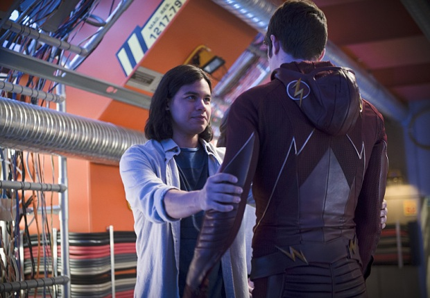 "The Flash -- ""Fast Enough"" -- Image FLA123A_0109b -- Pictured (L-R): Carlos Valdes as Cisco Ramon and Grant Gustin as Barry Allen, -- Photo: Diyah Pera/The CW -- © 2015 The CW Network, LLC. All rights reserved."