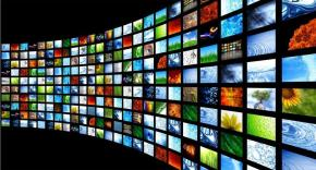 TV-screen-wall_2