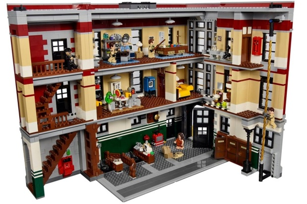 lego-ghostbusters-firehouse-hq-0