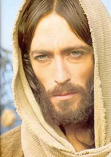 220px-Jesuszeffirelliportrait