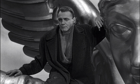 bruno-ganz-in-wings-of-desire
