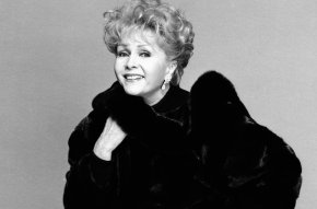 debbie-reynolds-1993-portrait-bw-billboard-1548