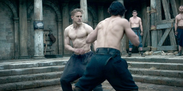 Charlie-Hunnam-fighting-in-King-Arthur-Legend-of-the-Sword