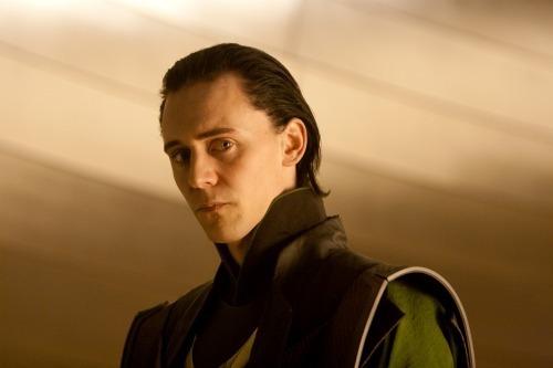 Loki-loki-thor-2011-21916692-500-333