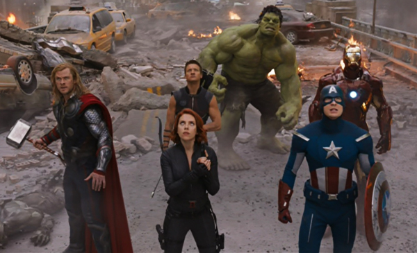 the-avengers-team-picture-cast-jeremy-renner-robert-downey-jr-scarlett-johansson-chris-hemsworth-chris-evans-costumes-review