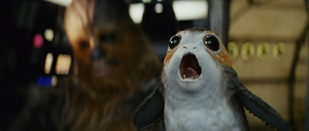 star-wars-the-last-jedi-porg-millenium-falcon-pit-chewie
