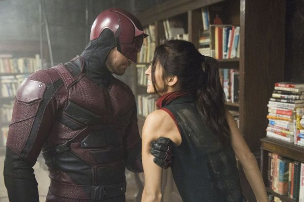 gallery-1471360211-daredevil-and-elektra