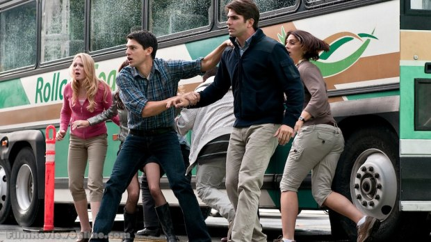 Final Destination 5 - Emma Bell, Nicholas D'Agosto and Miles Fisher